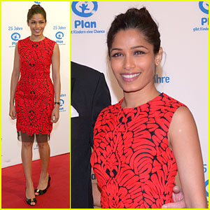 freida-pinto-spreads-the-word-on-25-years-plan