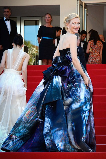 cate-blanchett-vogue-18may15-rex_b_426x639