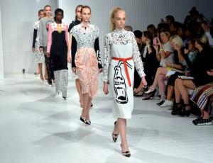 Ashley+Williams+Runway+London+Fashion+Week+--gl99ubluRl