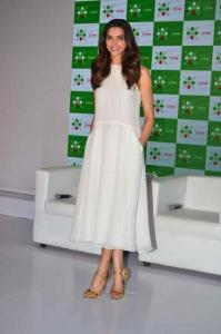 Deepika Padukone in Shift at a promotional event
