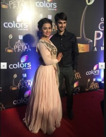 Tejaswi PRakash and Varun Kapoor (Source: tellydhamal.com)
